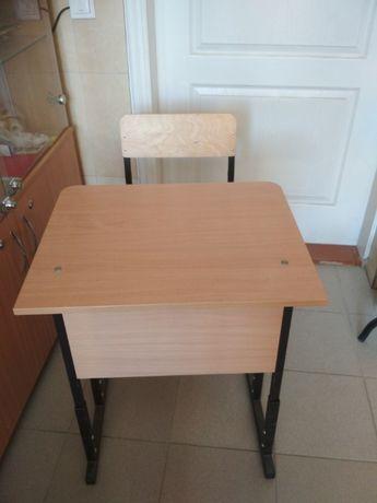 Парта+стілець для навчання. 1 комплект.