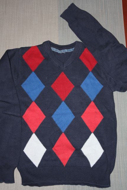Пуловер трикотажный ф.H&M для мальчика р-146/152,хорош для школы.