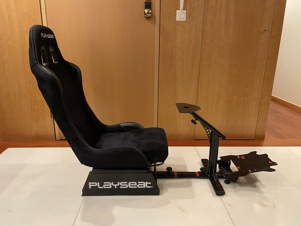 Cadeira Playseat® Evolution Alcantara