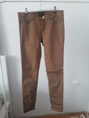 Musztardowe spodnie h&m, prosta nogawka, roz. 40