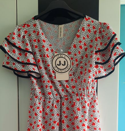 Nowa rozkloszowana sukienka biała czerwona czarna serca kropki groszki