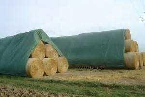 Fliz, agrowłóknina, włóknina plandeka ochrona bel siana, słomy 140g/m2