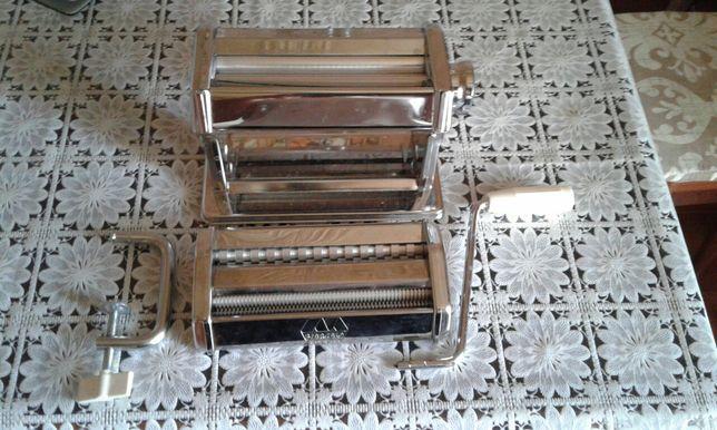Машинка для приготовления 3 вида лапши.