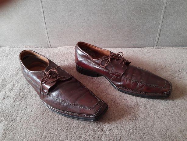 Męskie skórzane buty BATA-brąz. Size 45 cm. Wkładka 30 cm