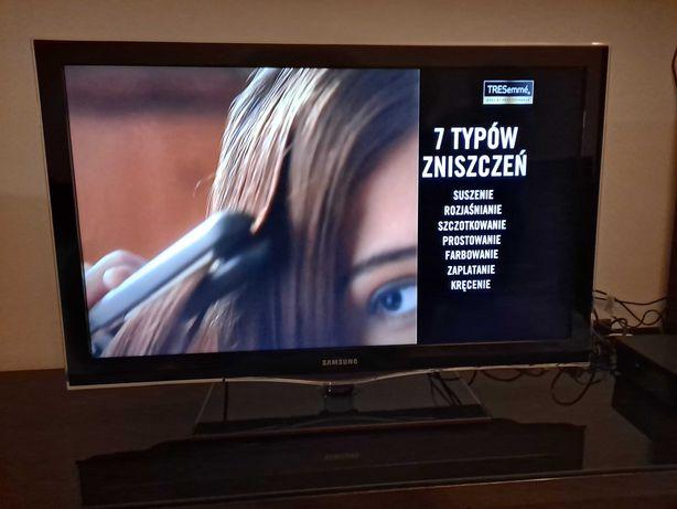 Telewizar Samsung 40cali lcd