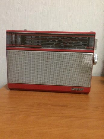 Продам магнитофон радиприемник VEF317 и Урал -Авто-2