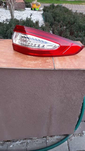 Lampa prawa tył Ford Fusion mk5