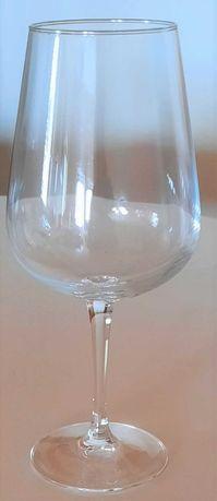 126 - Copos Vinho Tinto, Vinho Branco e Shots