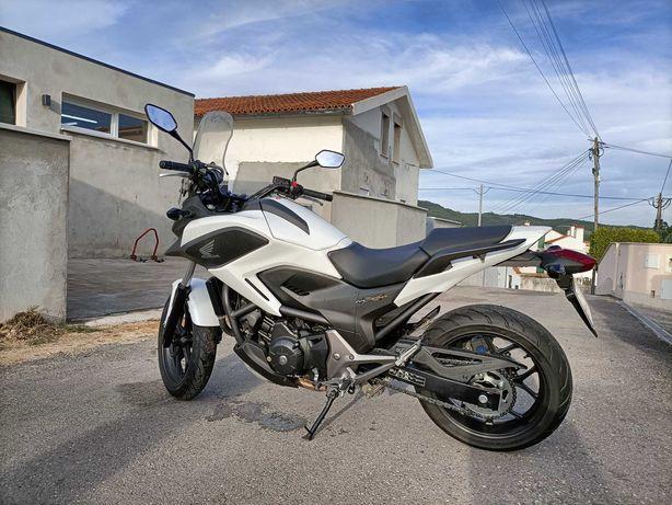 Honda NC750X ABS 12.500 kms como nova