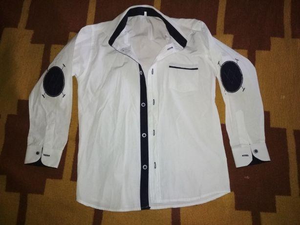 Белая рубашка на мальчика 8-9 лет
