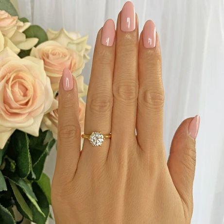 Przepiękny Pierścionek Zaręczynowy z Krystaliczną Cyrkonią