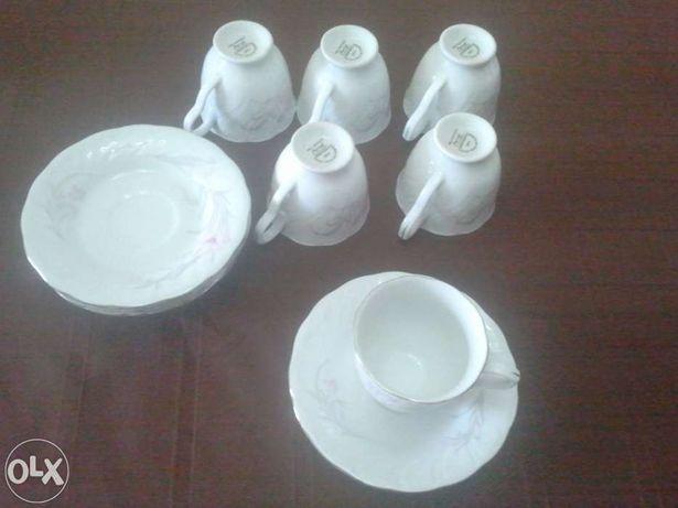 Serviço chá em porcelana