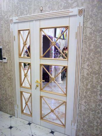 Установка межкомнатных дверей, укладка ламината, установка плинтуса.