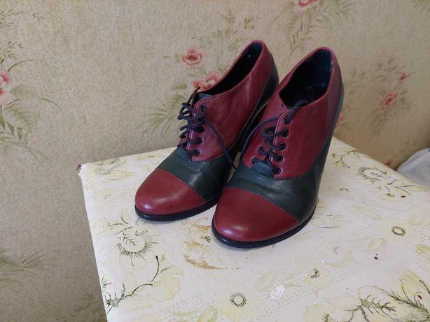 Продам туфли женские 35 размер