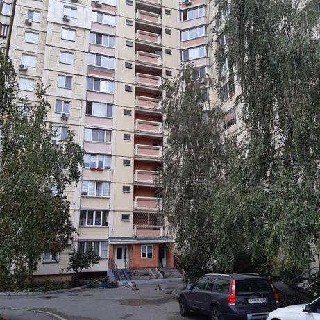 Продам 3-х комнатную  квартиру    по    ул Ломоносова 83 а