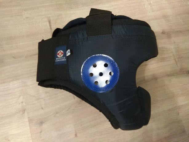 Шлем. Защита для единоборств (каратэ дзюдо). Б/у в идеальном состоянии