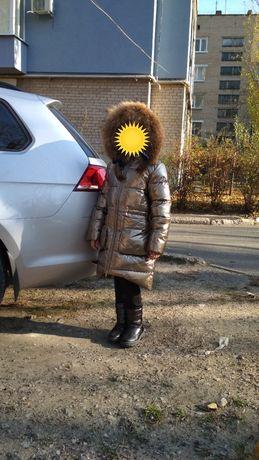 Фирменное зимнее пальто