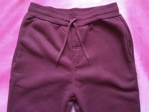 Джоггеры. Спортивные штаны унисекс. Плотные. Размер М. Цвет винный