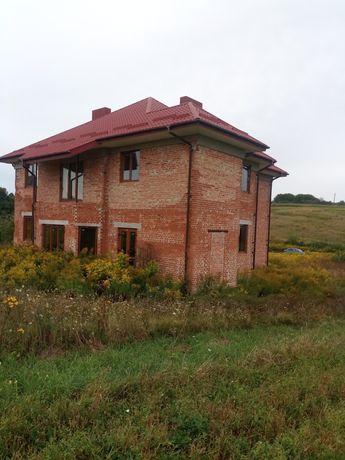 2 поверховий будинок в с. Великий Житин.