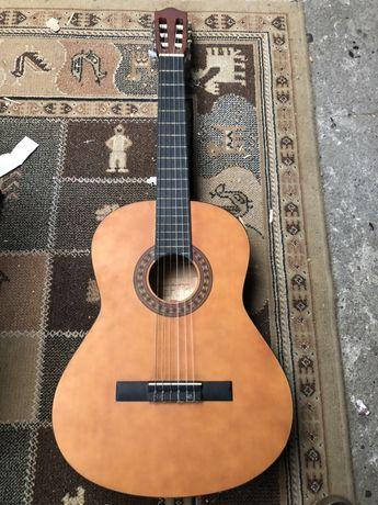 Guitarra clássica STAGG C442 , feita à mão