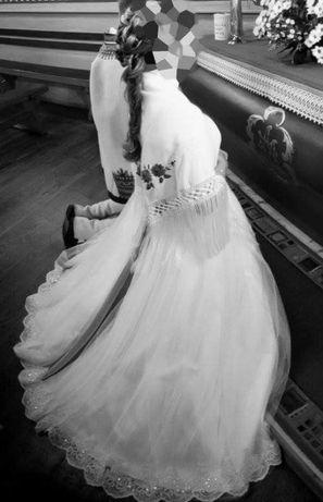 Suknia ślubna. Niesamowita księżniczka !!!