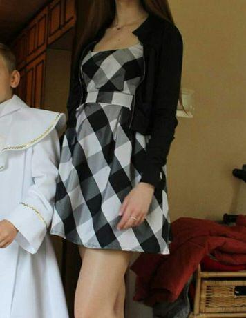 Sukienka elegancka czarno-biała krata