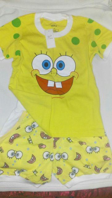 Яркий детский костюм