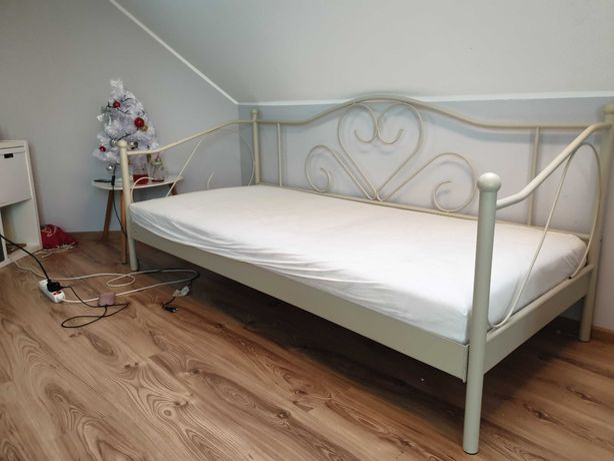 Łóżko metalowe młodzieżowe