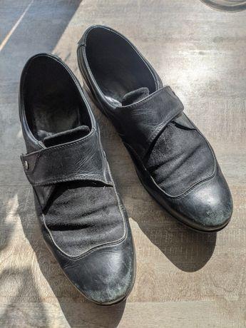 Туфлі для хлопчика 33 розміру