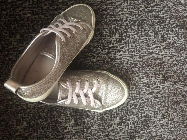 Обувь для девочки, кеды h&m, crocs
