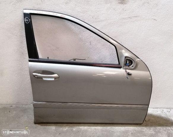 Porta Mercedes W203 C-Class Frente Direita