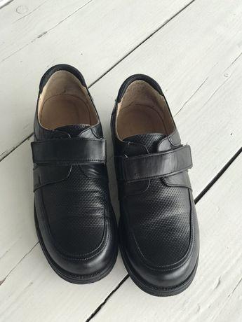 Кожаные туфли в школу 35 р.