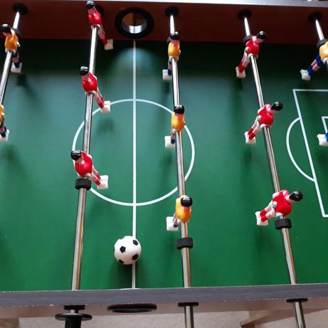 Stół piłkarzyki z nogami jak nowe