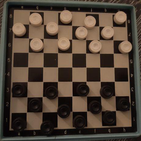 шашки на магнитах