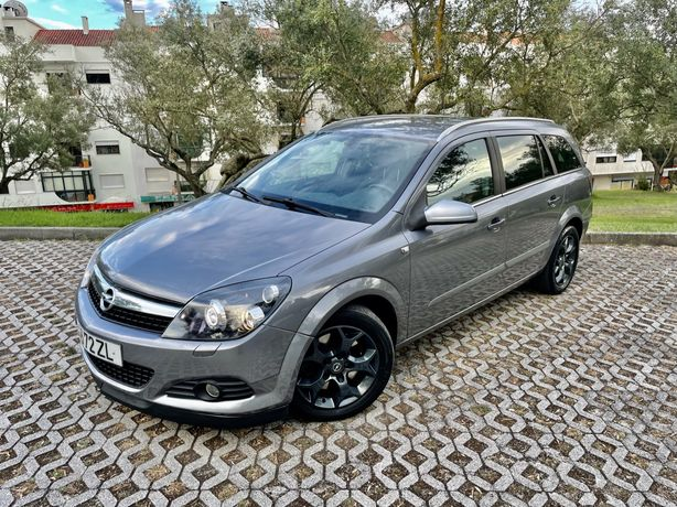 Opel Astra 1.9CDti 150cv Cosmo Como nova