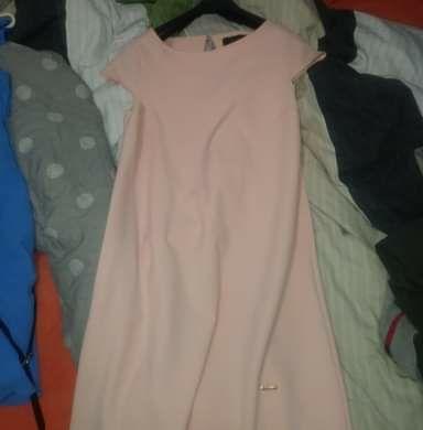 Sukienki zarówno na codzienne wyjście jak i imprezę.