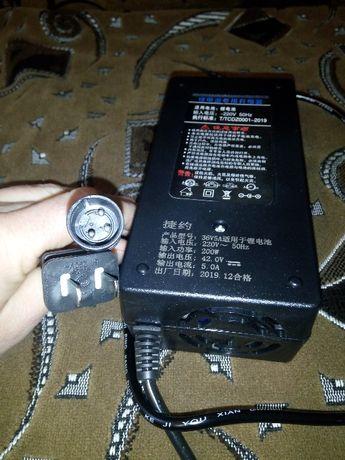 Зарядное устройство 24,36,48,60V 2А для електровелосипеда
