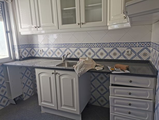 Armarios de cozinha com forno