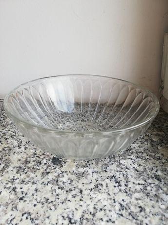 Kryształowe miski