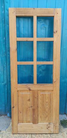 Продам дверь деревянную