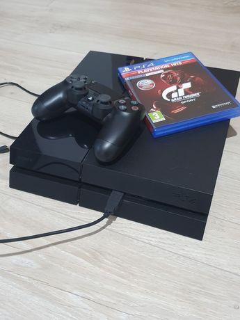 Playstation 4 CUH 1116A + Gran Turismo Sport