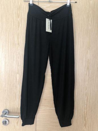 Guess spodnie dresowe do jogi czarne r. M- L