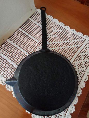 Frigideira/ sertã de ferro - Antiga