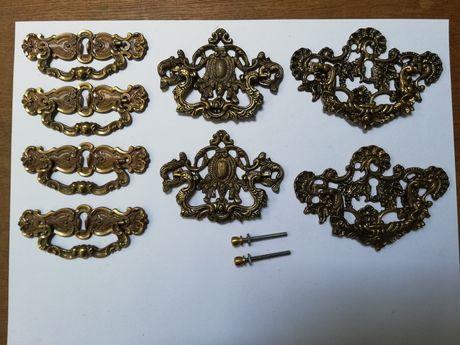 Ferragens / Puxadores antigos em latão com 11 e 13 cm