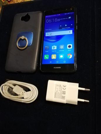 Sprzedam smartfon Huawei Y6 2017 z 4G LTE