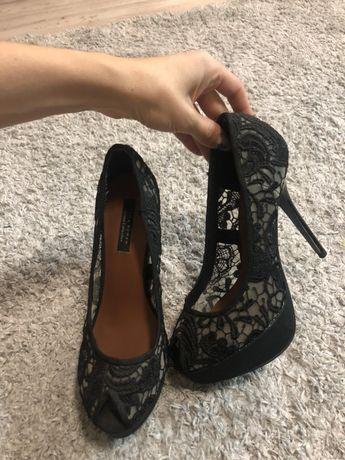 Продам туфли Zara идеальное состояние