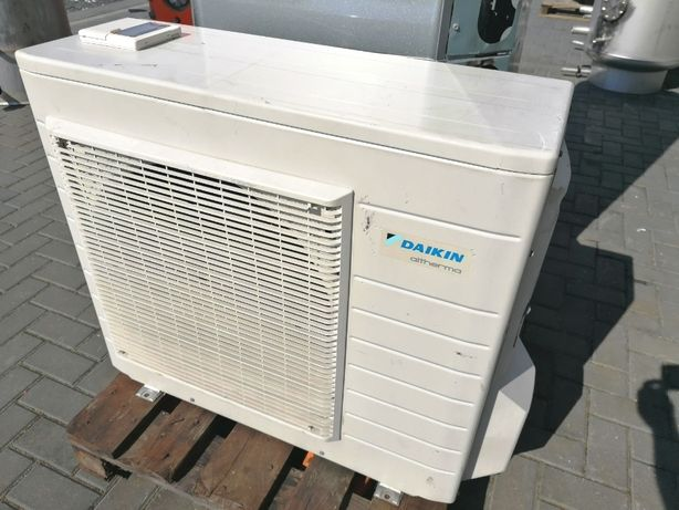 Pompa ciepła powietrze woda split DAIKIN 8KW