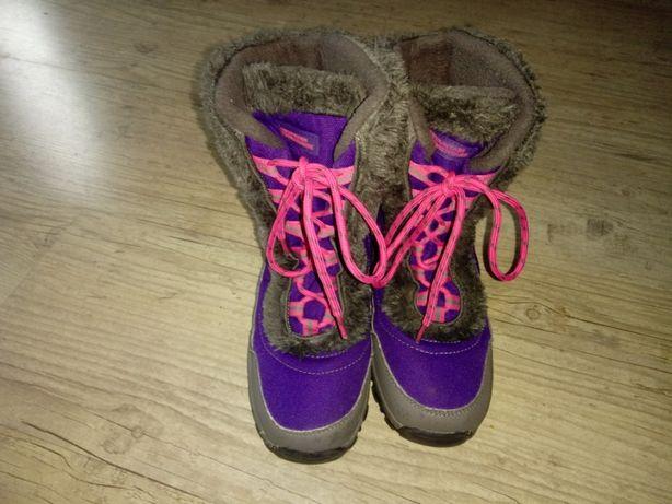 Do sprzedania Mountain Warehouse buty dziecięce zimowe