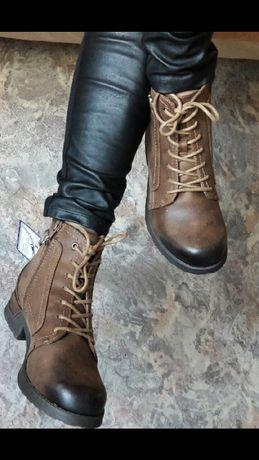 Ботинки США 7.5 US на 38(25 см стелька)