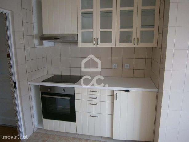 Apartamento T2 Em Peniche - Dn2051